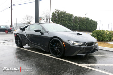 BMW i8 with 22in Savini BM12 Wheels