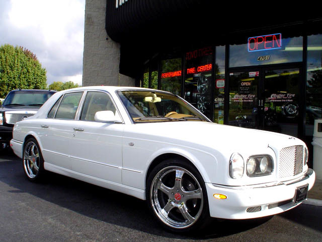 Bentley Arnage with 22in ATC Maltise Wheels
