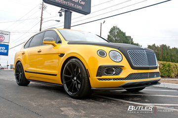 Bentley Bentayga with 22in Savini BM12 Wheels