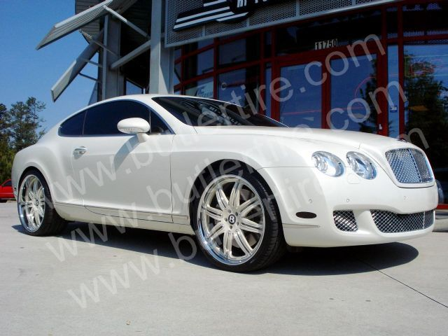 Bentley Continental GT with 22in Autocouture District Wheels