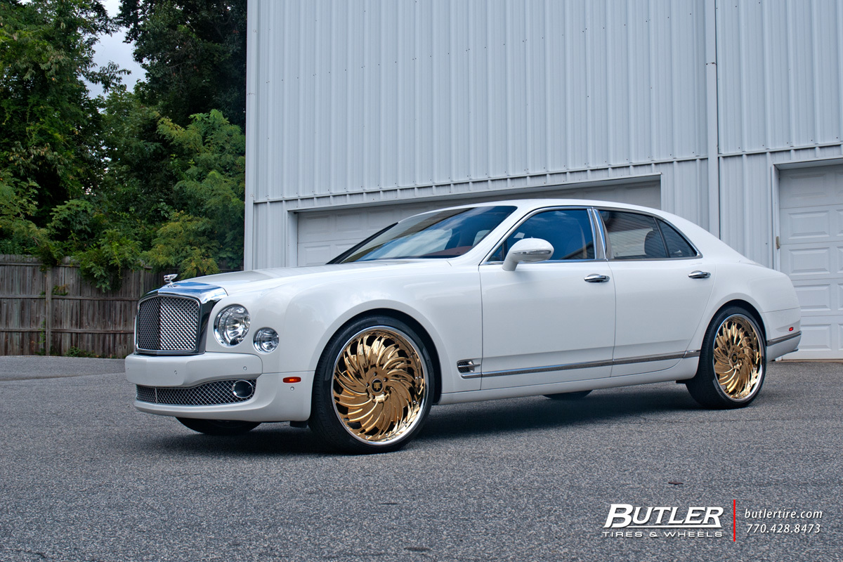 Bentley Mulsanne with 24in Savini Diamond Prali Wheels