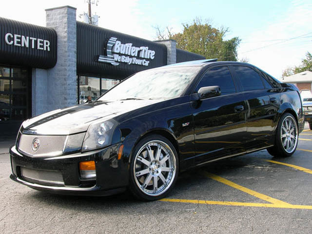 Cadillac CTS-V with 20in AVUS FM02 Wheels
