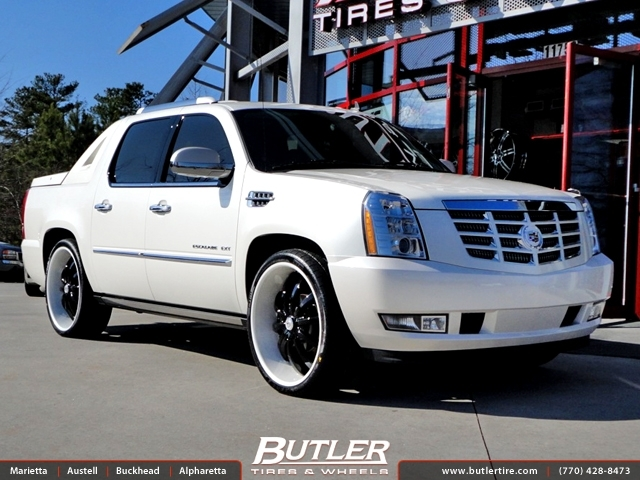 Cadillac EXT with 26in Lexani LSS10 Wheels