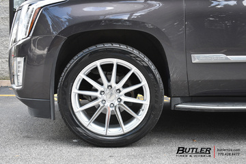 Cadillac Escalade with 22in Vossen HF6-1 Wheels