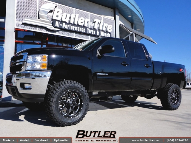 Chevrolet 2500HD with 20in Fuel Boost Wheels