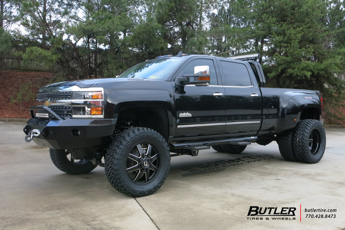 Chevrolet 3500hd Dually With 22in Fuel Maverick Wheels