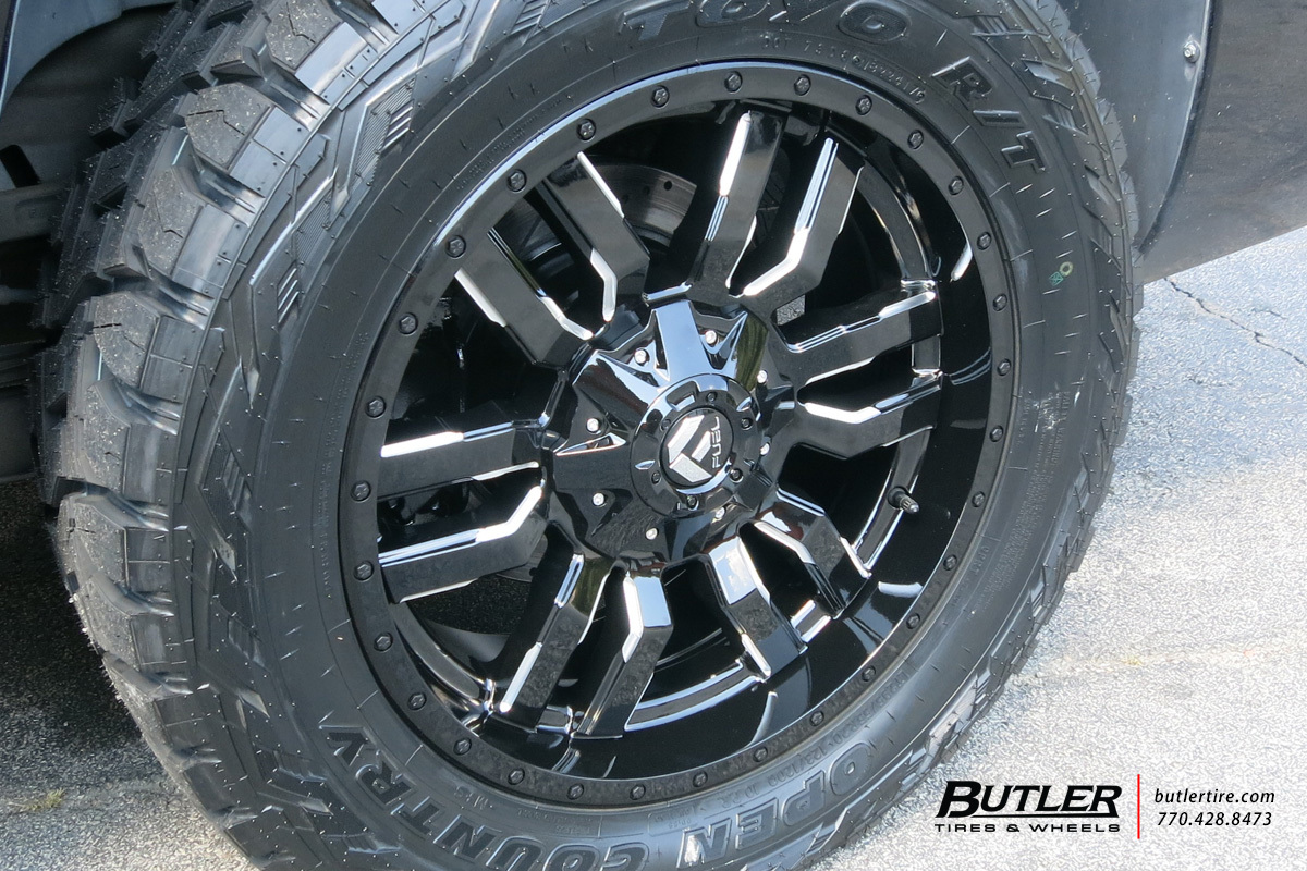 Chevrolet Avalanche With 20in Fuel Sledge Wheels