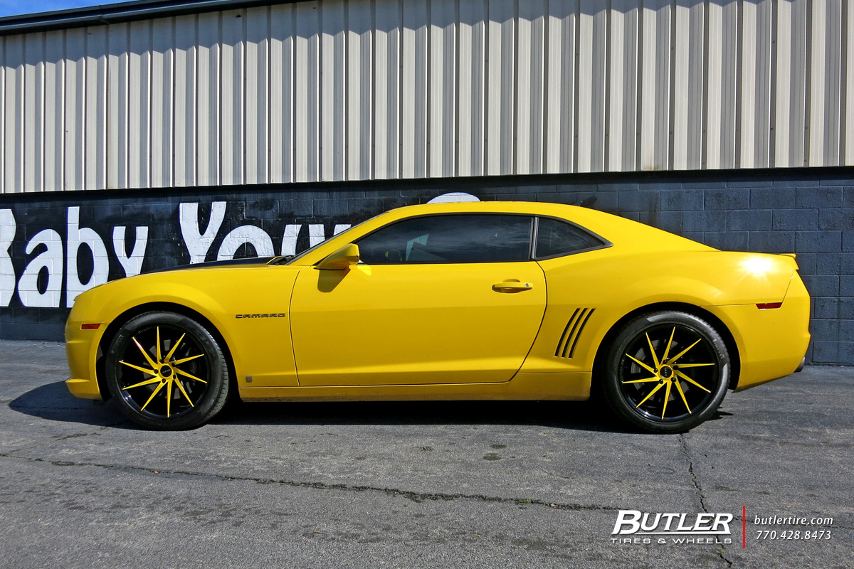 Chevrolet Camaro with 20in Ruff Racing R963 Wheels