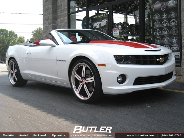 Chevrolet Camaro with 22in Huntington Bolsa Wheels