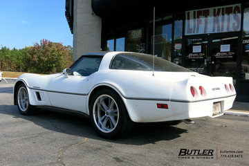 Chevrolet Corvette with 18in Foose Knuckle Wheels