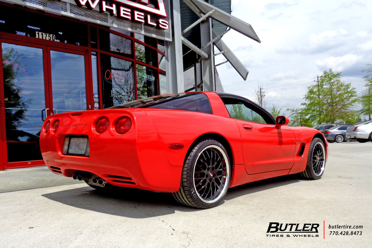 Chevrolet Corvette with 19in Cray Manta Wheels