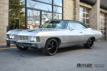 Chevrolet Impala with 20in Foose Nitro Wheels