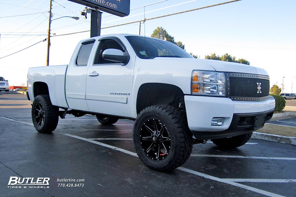 Chevrolet Silverado With 20in Ballistic Razorback Wheels Exclusively Fuel Filter