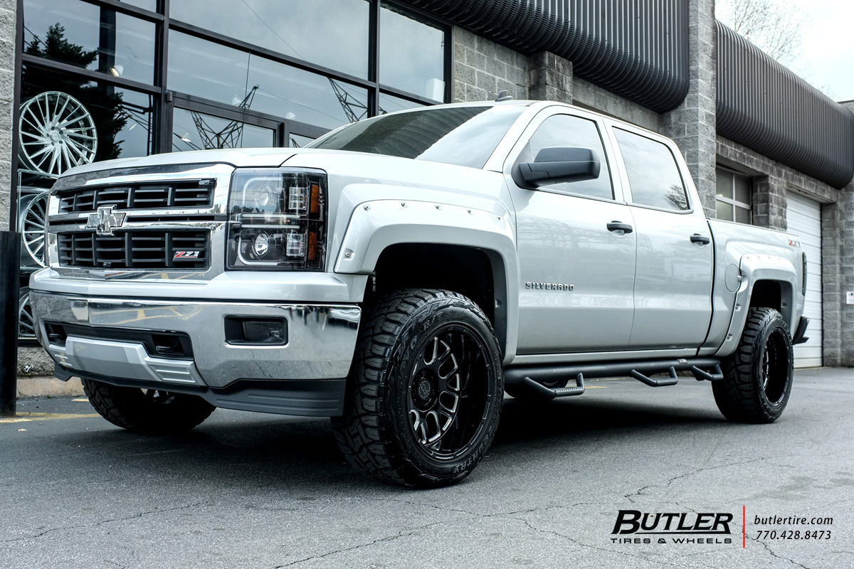 Chevrolet Silverado with 20in Black Rhino Pismo Wheels