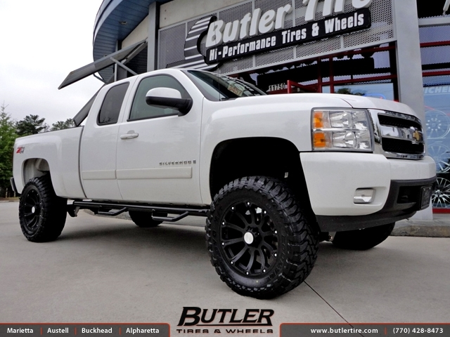 Chevrolet Silverado with 20in Black Rhino Sidewinder Wheels