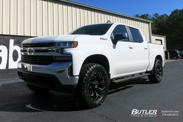 Chevrolet Silverado with 20in Fuel Assault Wheels
