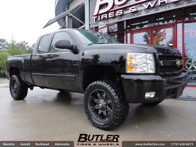 Chevrolet Silverado with 20in Fuel Octane Wheels