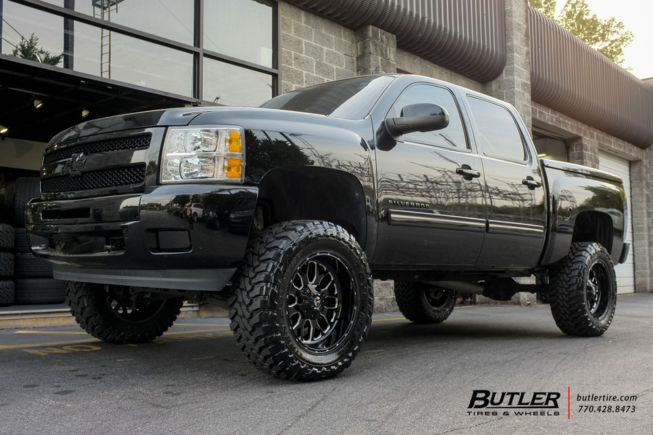 Chevrolet Silverado With 20in Fuel Titan Wheels Exclusively From