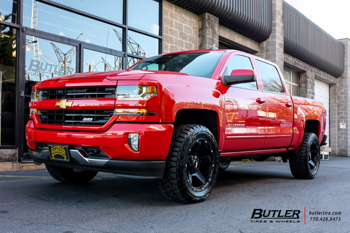Chevrolet Silverado with 20in Grid Offroad GD4 Wheels