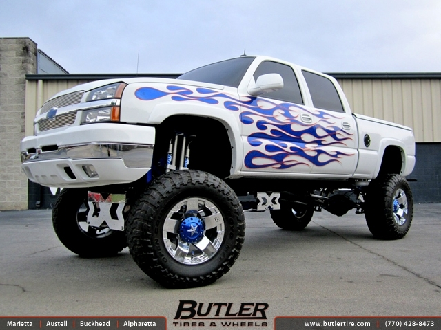 Chevrolet Silverado with 20in XD Rockstar Wheels