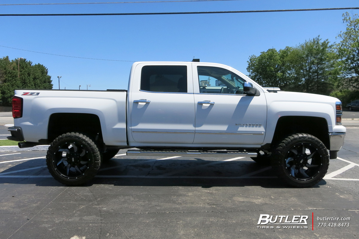 Chevrolet Silverado with 22in Grid Offroad GD1 Wheels