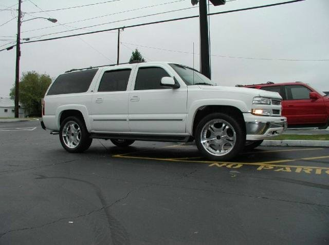 Chevrolet Suburban with 22in Axis Legend Wheels