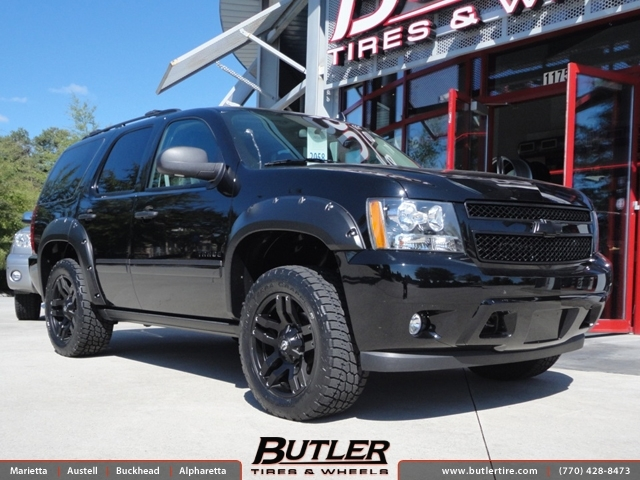 Chevrolet Tahoe with 20in Fuel Pump Wheels