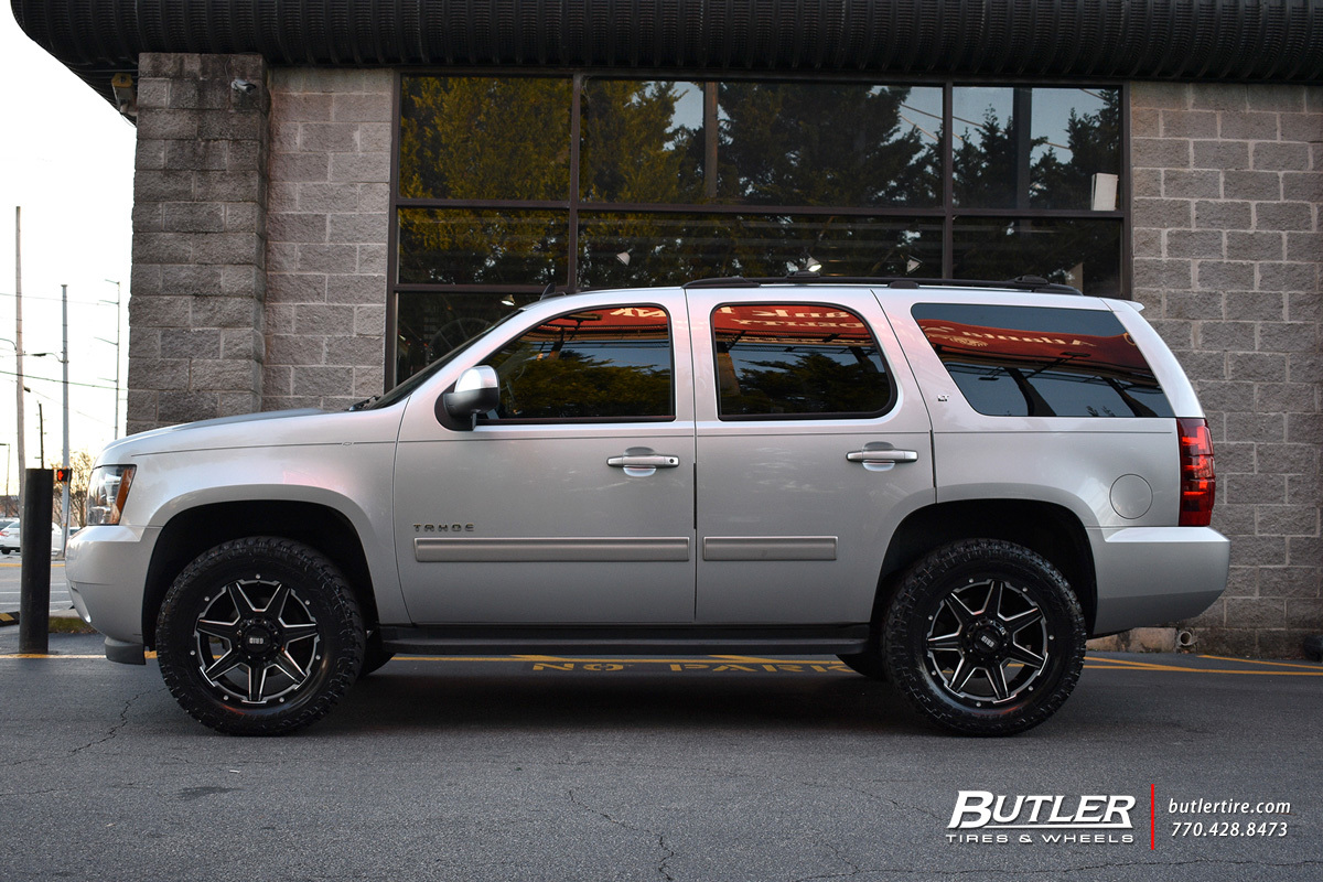 Chevrolet Tahoe with 20in Grid Offroad GD6 Wheels