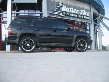Chevrolet Tahoe with 22in Axis Titan Wheels