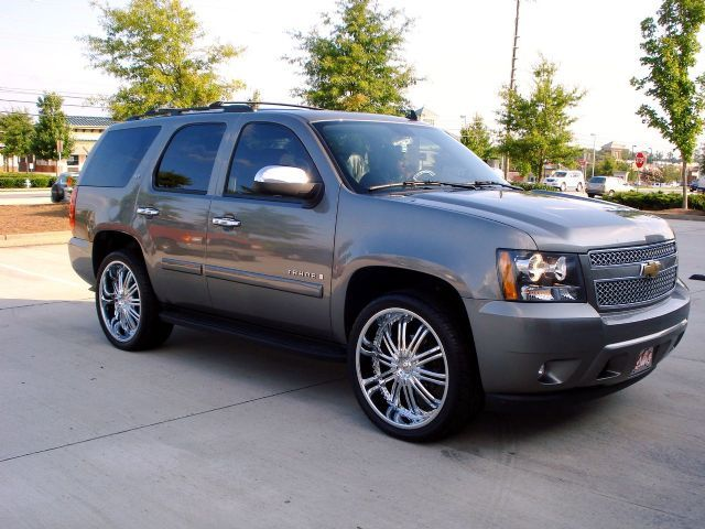 Chevrolet Tahoe with 24in Driv Entourage Wheels