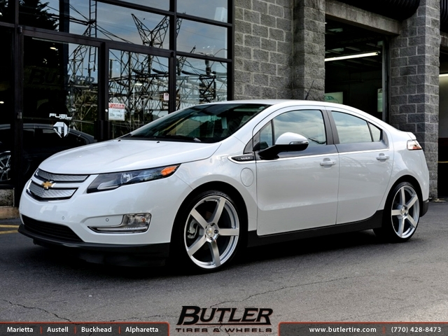 Chevrolet Volt with 20in TSW Panorama Wheels