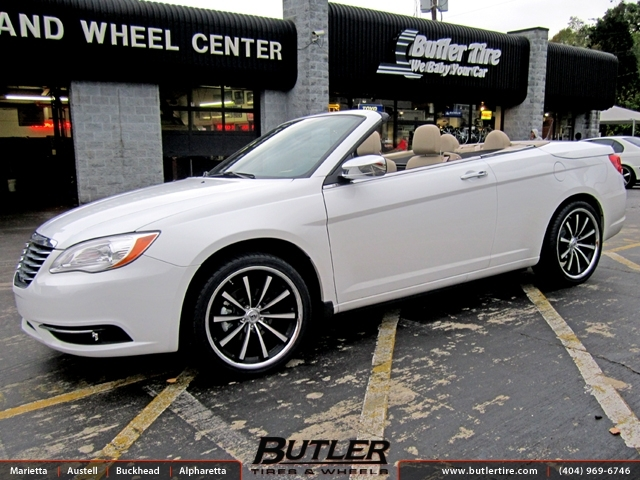 Chrysler 200 Convertible with 20in Lexani CVX 55 Wheels