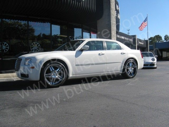 Chrysler 300C with 20in Driv Tantrum Wheels