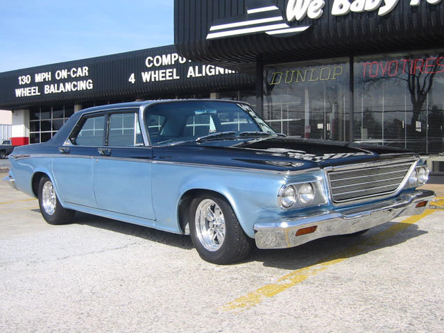 Chrysler Newport with 15in ARE 200 Wheels