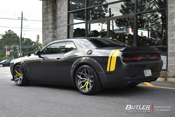 Dodge Challenger with 21in Vossen HC-3 Wheels