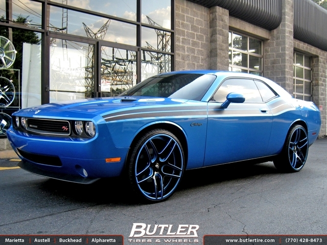 Dodge Challenger with 24in Forgiato Dieci Wheels