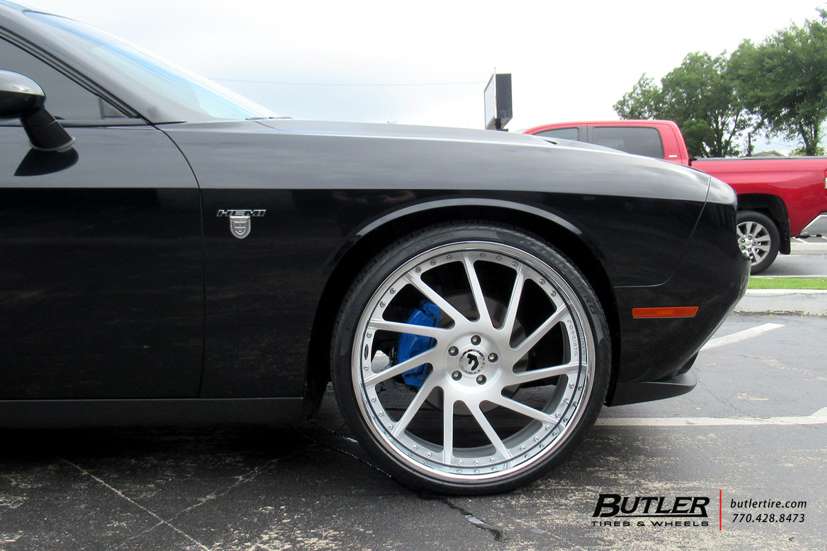 Dodge Challenger with 24in Forgiato Direzione Wheels