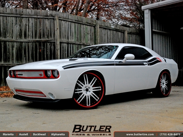 Dodge Challenger with 24in Savini SV9 Wheels