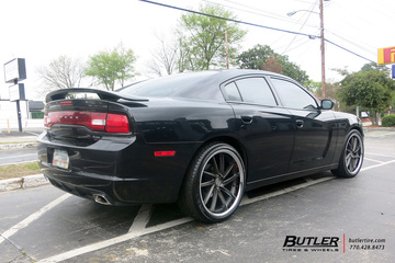 Dodge Charger with 22in XO Florence Wheels