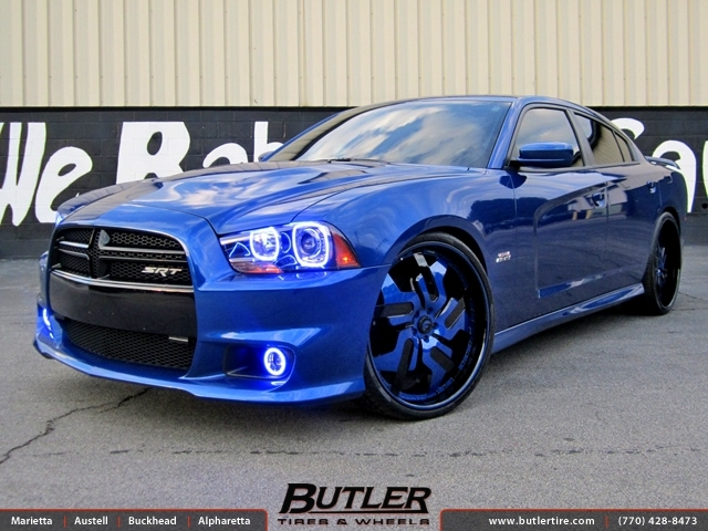 Dodge Charger with 24in Forgiato Prometeo Wheels