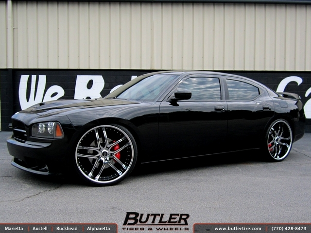 Dodge Charger with 24in Savini BS2 Wheels