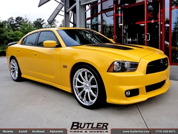 Dodge Charger Super Bee with 22in Lexani CVX 55 Wheels