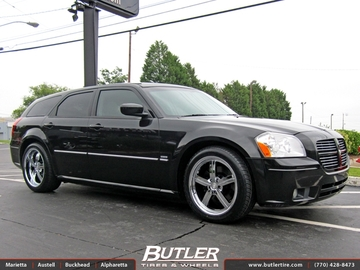 Dodge Magnum with 20in Huntington Bolsa Wheels