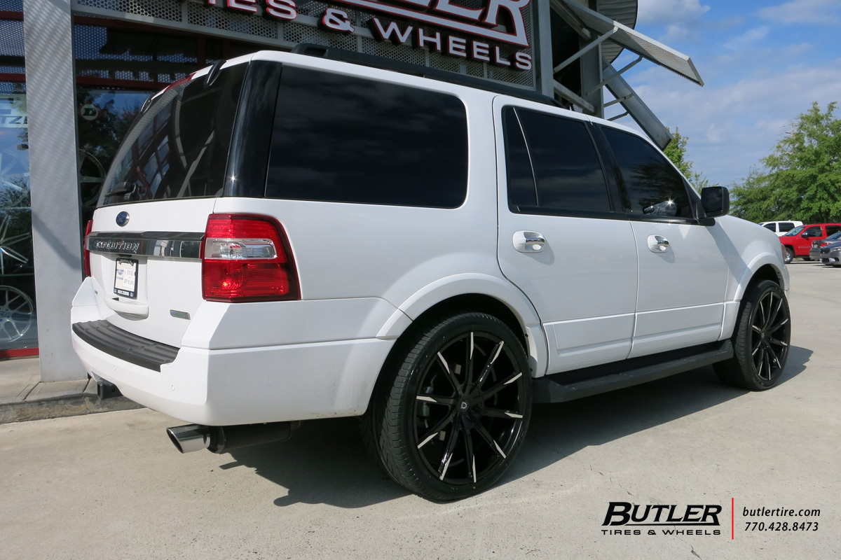 Ford Expedition with 24in Lexani CSS15 Wheels