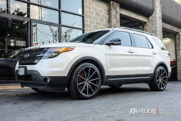 Ford Explorer with 22in Lexani CSS10 Wheels