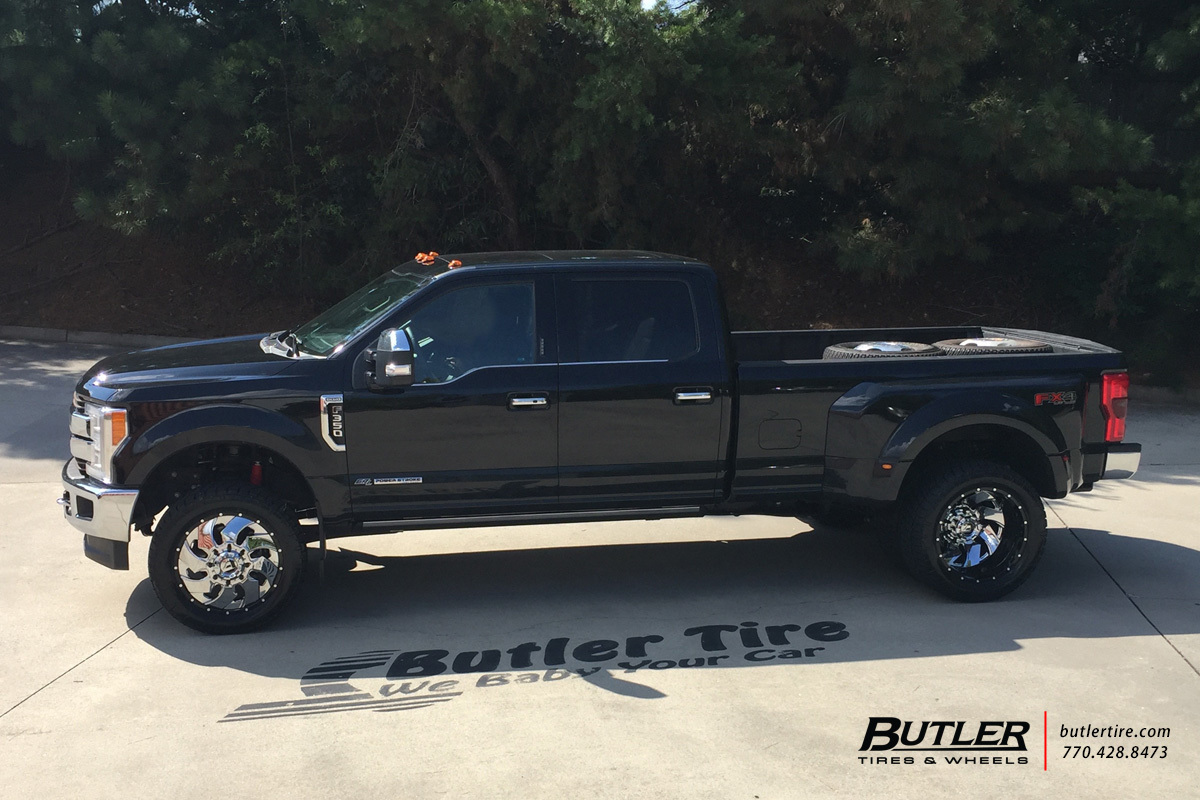 Ford F350 with 22in Fuel Cleaver Wheels
