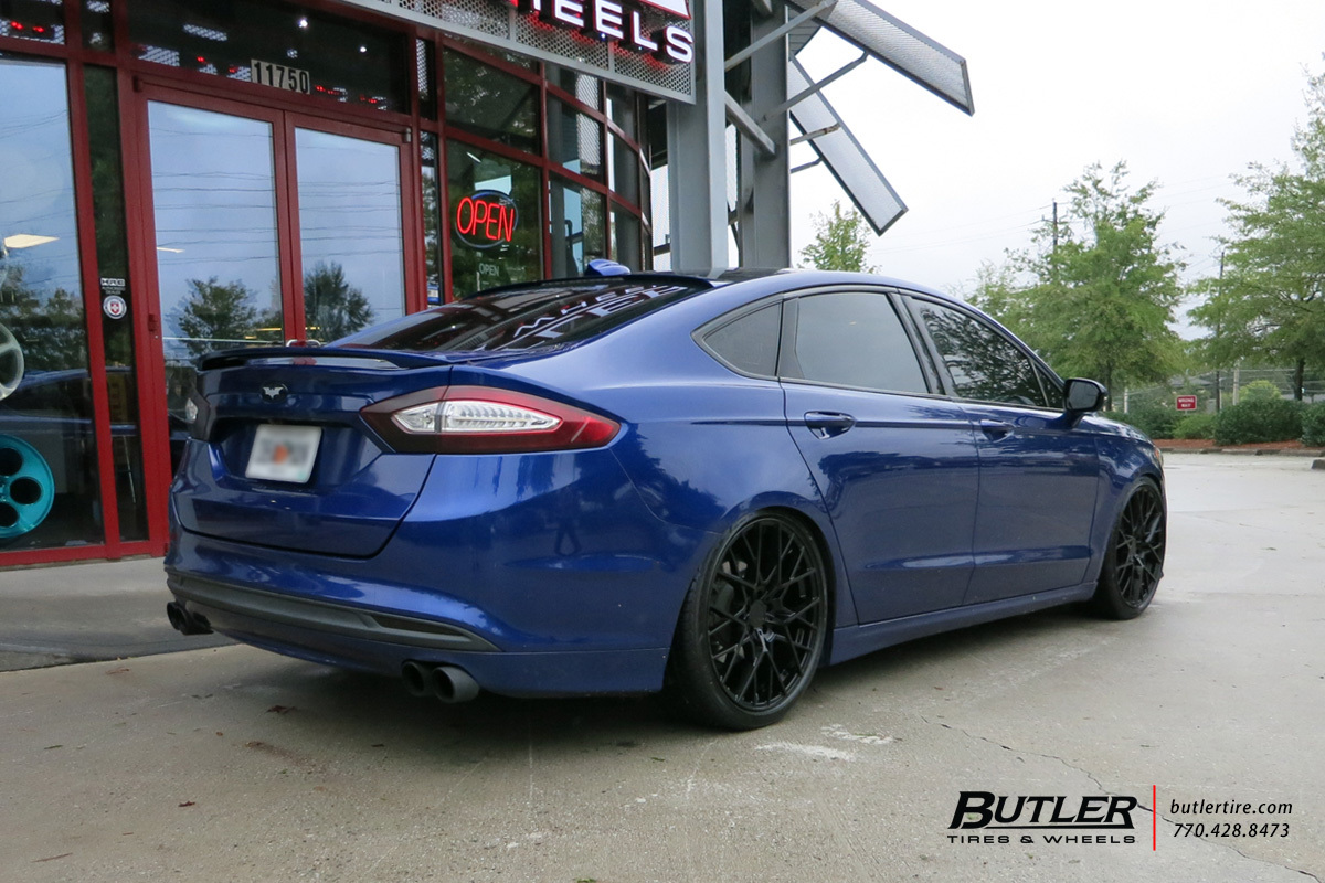 Ford Focus with 19in TSW Sebring Wheels