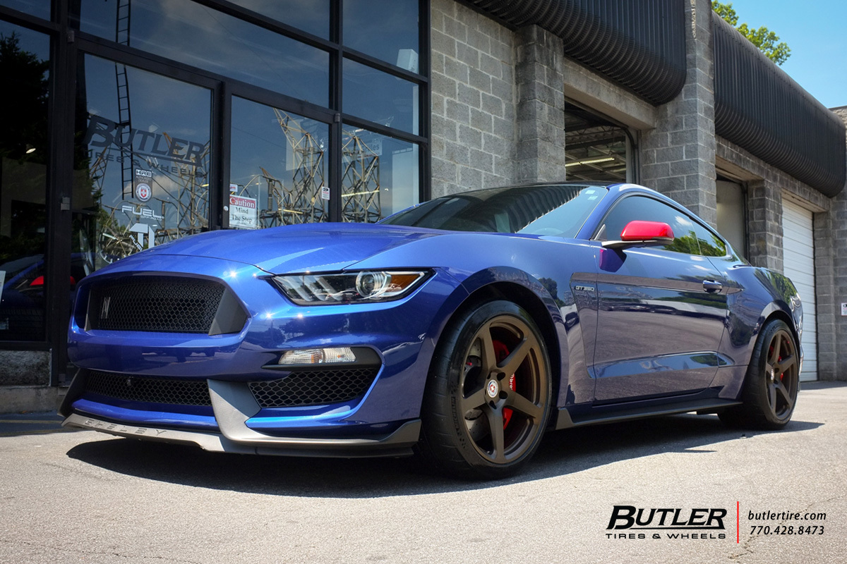 Ford Mustang with 19in HRE RS105M Wheels