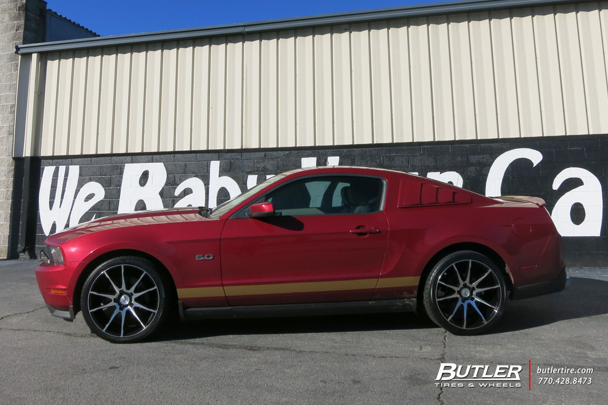 Ford Mustang with 20in Savini BM12 Wheels