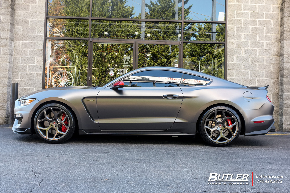 Ford Mustang With 20in Vossen Cg 205 Wheels Exclusively